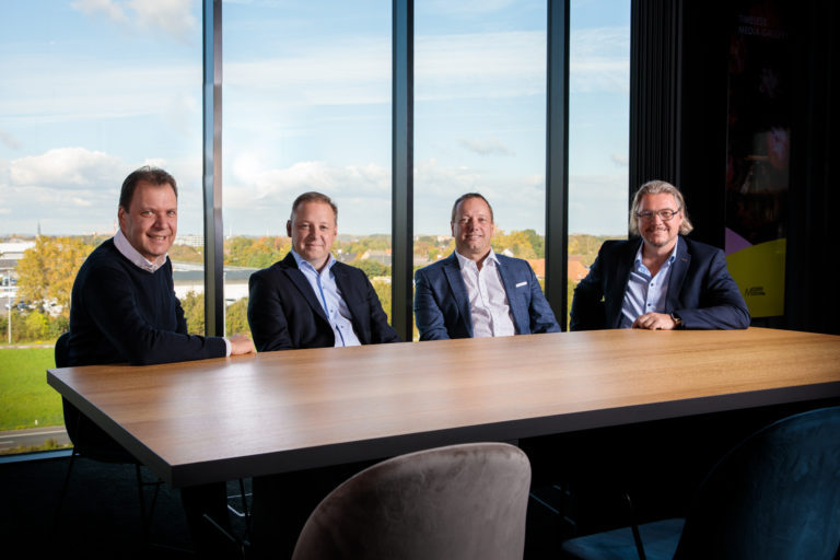 Management-ConXioN-groepsfoto